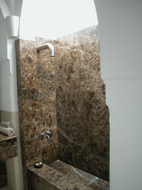 marble_bathroom-2